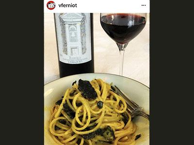 Spaghettis carbonara de truffes noires fraîches